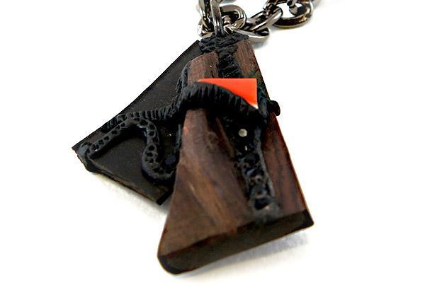 Collier Verre de Murano – Plexiglas